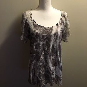 1X Ashley J Black/ White Lined w/Lace Top